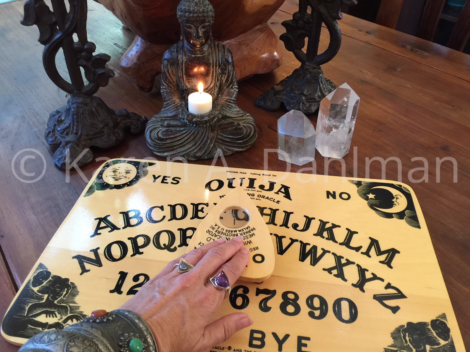 Fear (Folklore) About Using the Ouija Board Alone